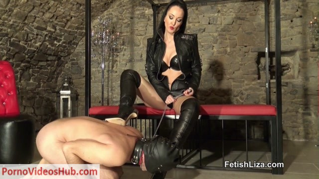 Fetish_Liza___Casadei_boot_fucking_slave_part_2.mp4.00014.jpg