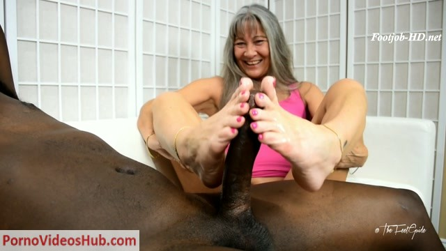 Watch Online Porn – Leilani's Pink Passion Footjob – TheFeetGuideTV (MP4, FullHD, 1920×1080)