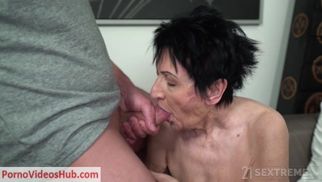 LustyGrandmas_presents_Anastasia__Rob_in_Affair_with_My_Pervy_Shrink___25.04.2019.mp4.00006.jpg