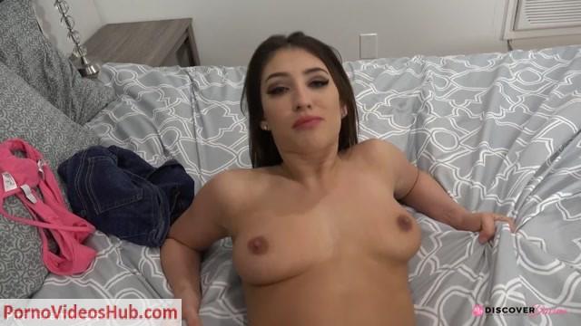 ManyVids_Webcams_Video_presents_Girl_Davina_Davis___Making_Daddy_Creampie_Me.mp4.00009.jpg