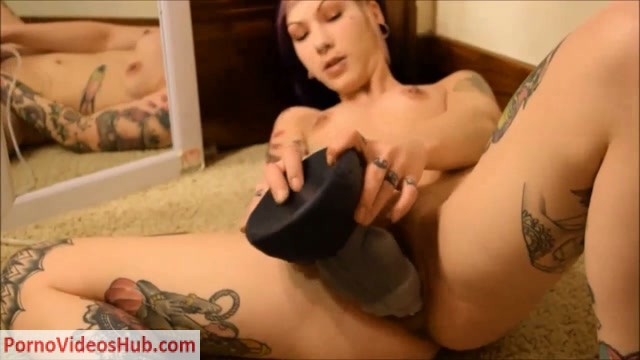 ManyVids_presents_Cattie_in_Amateur_Slut_Takes_GIANT_Dragon_Dildo__Premium_user_request_.mp4.00005.jpg