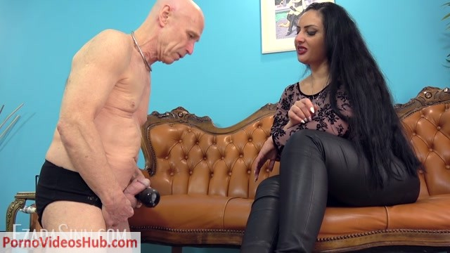 Mistress_Ezada_Sinn_Handjob_-_Never_to_be_touched_by_My_hand.mp4.00013.jpg