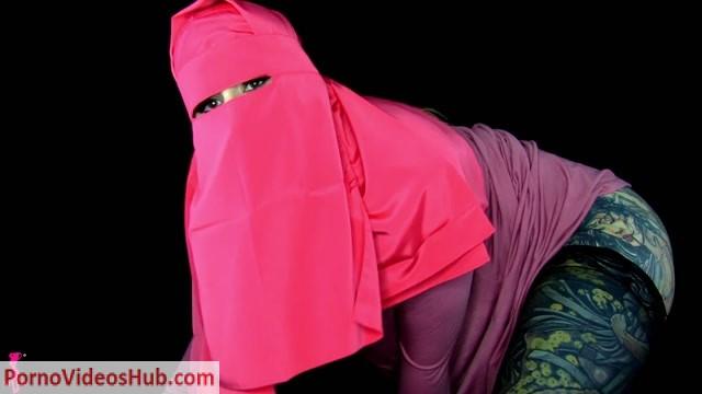 Watch Online Porn – Mistress Harley – Hijab Humiliation Porn – Teasing (MP4, FullHD, 1920×1080)