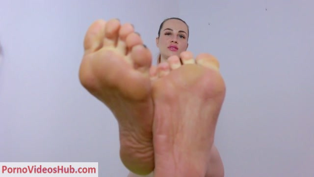 Watch Online Porn – Princess from Hell – My feet are your life (MP4, FullHD, 1920×1080)