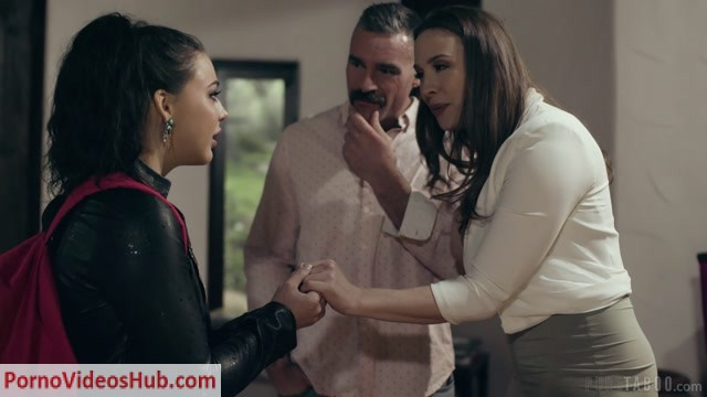PureTaboo_presents_Chanel_Preston__Whitney_Wright_-_Keeping_Your_Family_Close___09.04.2019.mp4.00001.jpg