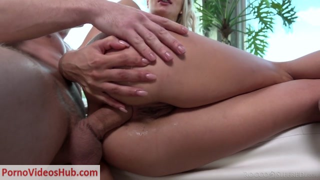 Watch Online Porn – RoccoSiffredi presents Cherry Kiss – 11.04.2019 (MP4, HD, 1280×720)