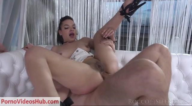 Watch Online Porn – Roccosiffredi presents Matilda Ramos in Double Trouble #02 – 16.04.2019 (MP4, SD, 720×400)