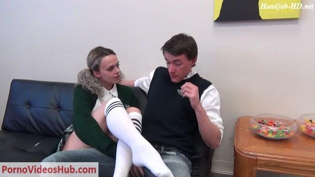 Watch Online Porn – Sperm On My Leg!!! – JERKY GIRLS (MP4, FullHD, 1920×1080)
