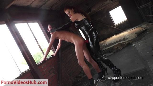 Watch Online Porn – Strapon Femdoms – Brutally Anal Destruction. Starring Mistress Renee (MP4, FullHD, 1920×1080)