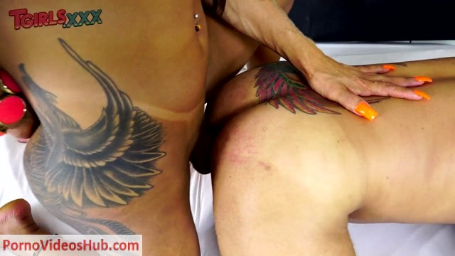 Watch Online Porn – TGirls.xxx presents Rosy Pinheiro Tops Junior! – 08.04.2019 (MP4, HD, 1280×720)