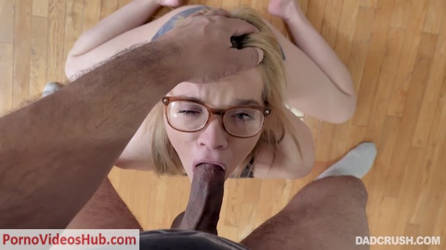 TeamSkeet_-_DadCrush_presents_Katie_Kush_-_Fondled_And_Fucked_By_Stepdad_-_14.04.2019.mp4.00012.jpg