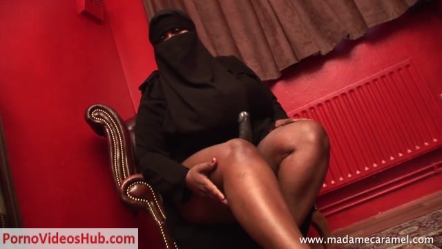 Watch Online Porn – UK BLACK MISTRESSES – Dubai Mistress – ARAB BDSM (MP4, HD, 1280×720)