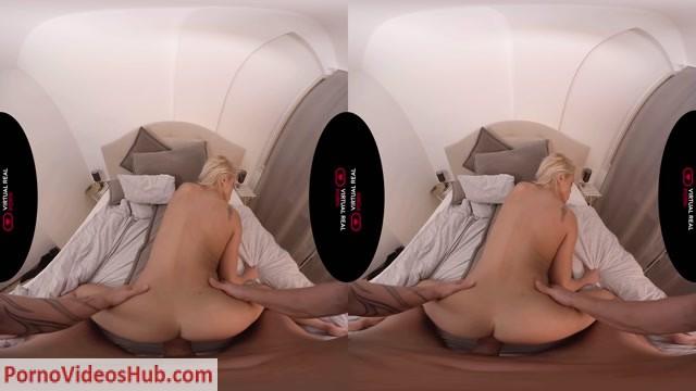 Watch Online Porn – VirtualRealPorn presents Hurricane Cherry – Cherry Kiss (MP4, UltraHD/4K, 3840×2160)