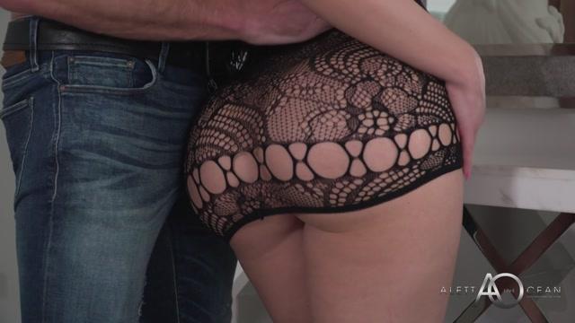 Watch Online Porn – AlettaOceanLive presents The Aletta Ocean Experience – 19.05.2019 (MP4, FullHD, 1920×1080)