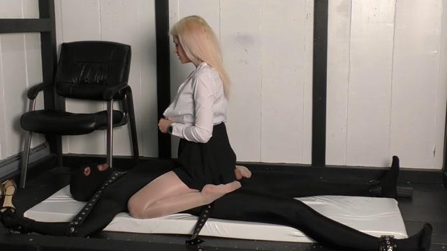 Watch Online Porn – Beginner T_D – Mistress Helix (MP4, FullHD, 1920×1080)