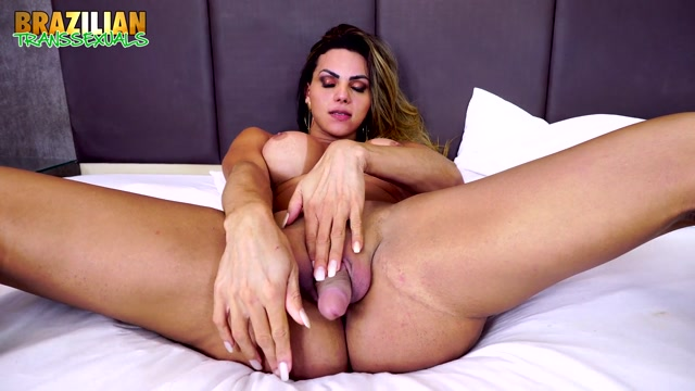 Brazilian-transsexuals_presents_Camila_Santos___14.05.2019.mp4.00005.jpg