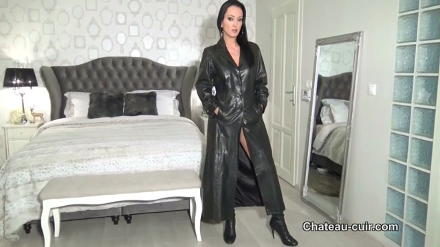 Chateau-Cuir___My_personal_leather_cleaner___Fetish_Liza.mp4.00000.jpg
