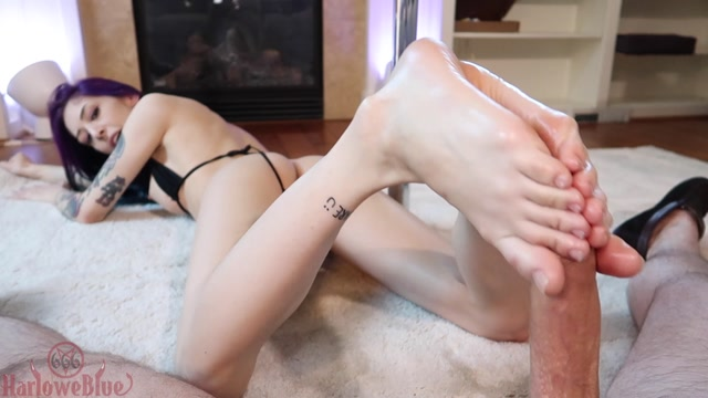 Watch Online Porn – Cum On My Soles – HarloweBlue (MP4, FullHD, 1920×1080)