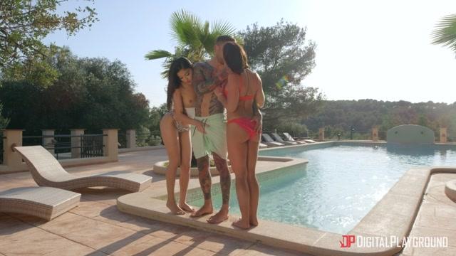 Watch Online Porn – DigitalPlayground presents Adriana Chechik & Emily Willis – Dangerous Women – 22.05.2019 (MP4, FullHD, 1920×1080)