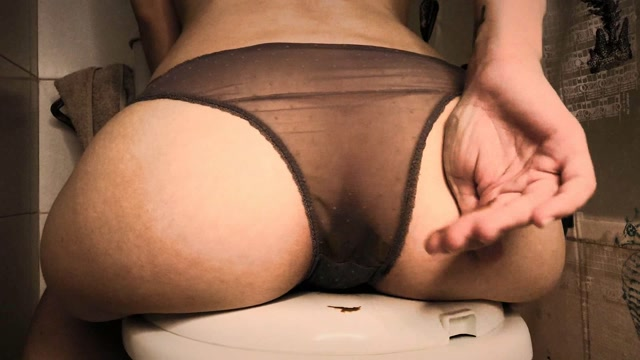 Dirtybetty_-_Amazing_Stinky_Liquid_Panty_Pooping.wmv.00004.jpg