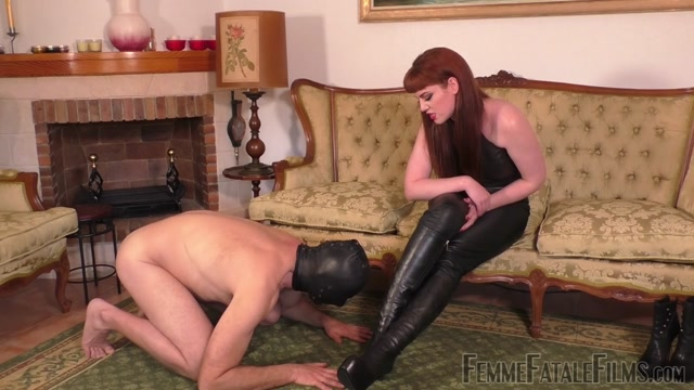 FemmeFataleFilms___Miss_Zoe___Boot_Worship_Day__Complete_.mp4.00003.jpg