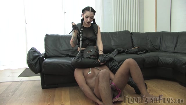 Femme_Fatale_Films_-_Cybill_s_Way_-_Complete_Film._Starring_Cybill_Troy__boot_worship__boots__cane__cbt__cock_crushing__gloves__humiliation__leather__leather_gloves_.mp4.00013.jpg