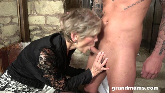 Grandmams_presents_Grandmas_Sex_Dungeon.mp4.00007.jpg