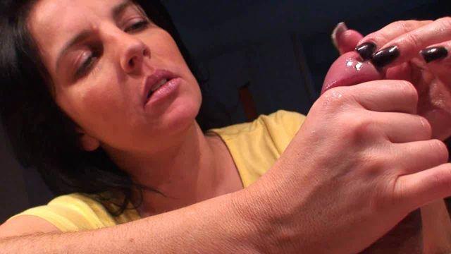 Watch Online Porn – Handjob – Klixen 055 (WMV, HD, 1280×720)