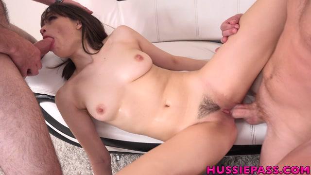 HussiePass_presents_Liv_Wild_-_Threeway_Cock_Pounding.mp4.00008.jpg