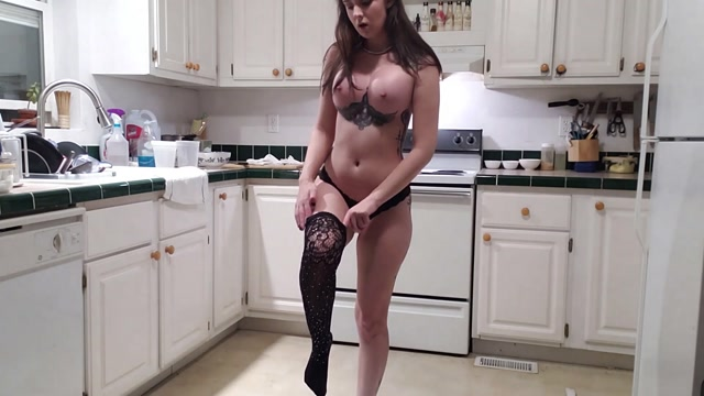 Watch Online Porn – JessicaKay – Standing, Stripping and Shitting (MP4, FullHD, 1920×1080)