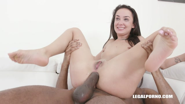 Watch Online Porn – LegalPorno presents Freya Dee is back to get fucked and pissed IV312 – 21.05.2019 (MP4, HD, 1280×720)
