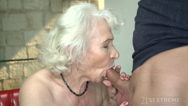 LustyGrandmas_presents_Norma__Rob_in_Norma__the_Horny_Cleaning_Lady___09.05.2019.mp4.00003.jpg