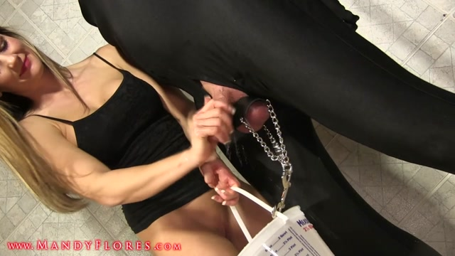 Watch Online Porn – Mandy Flores – Servant X-Bucket Ball Torture (MP4, HD, 1280×720)