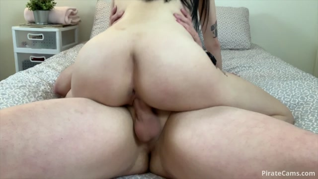 Watch Online Porn – ManyVids Webcams Video presents Girl linaluxxx – Lina Luxxx Gets Fucked HARD (MP4, FullHD, 1920×1080)