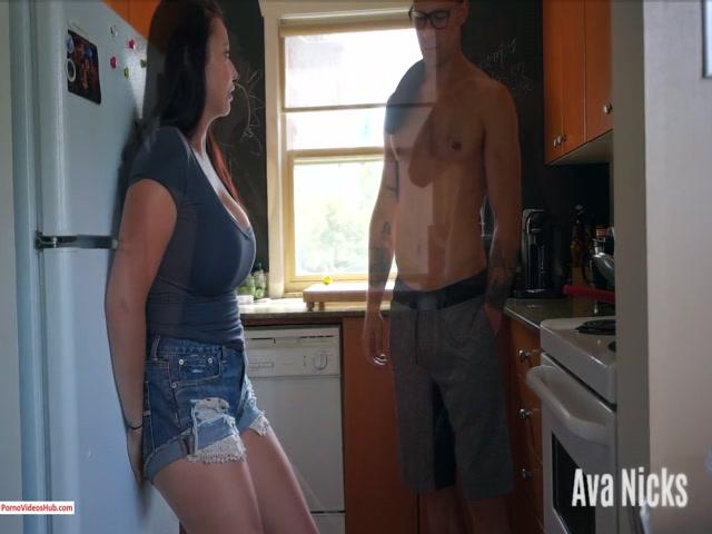 Watch Online Porn – ManyVids presents AvaNicks in Neighbour Favours (Premium user request) (MP4, FullHD, 1440×1080)
