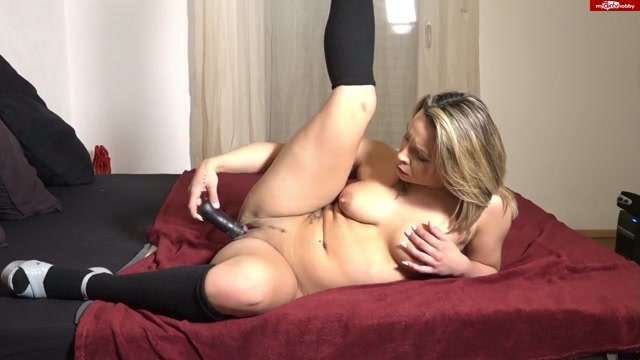 MyDirtyHobby_presents_Eva-Adams_-_3._Video_-__berraschung_f_r_Ex.flv.00011.jpg