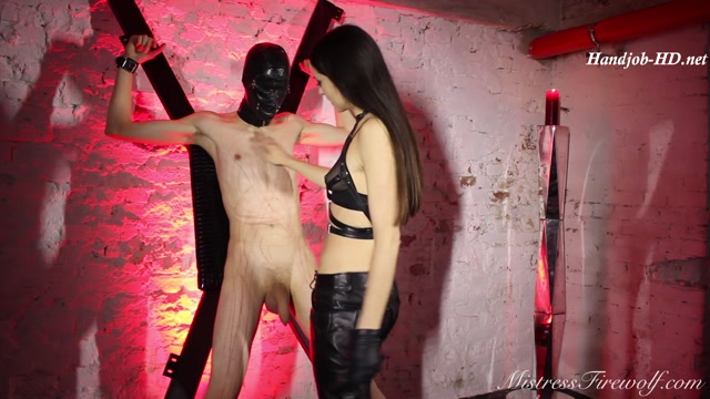 Punching_the_cum_out_of_his_balls_-_Extreme_Ball_Abuse_-_MistressFirewolf.mp4.00005.jpg