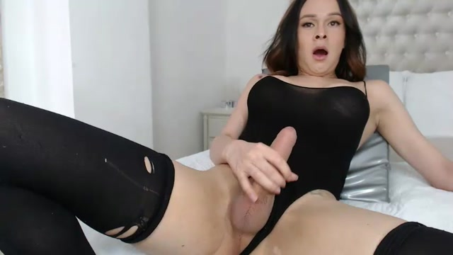 Shemale_Webcams_Video_for_May_26__2019___14.mp4.00005.jpg