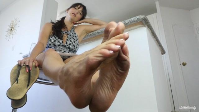 Watch Online Porn – Stella Liberty – Dirtiest Sandal Feet You've Ever Seen JOI (MP4, FullHD, 1920×1080)