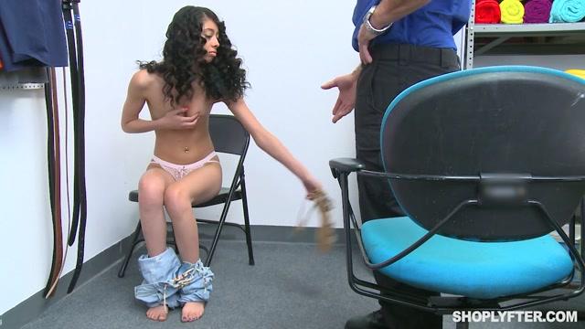 Watch Online Porn – TeamSkeet – Shoplyfter presents Jada Doll – Case No. 7862661 – 22.0 (MP4, HD, 1280×720)
