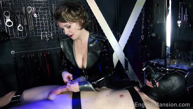 Watch Online Porn – The English Mansion – Mistress Tease – Complete Film. Starring Mistress T (MP4, HD, 1280×720)