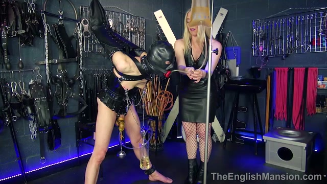 The_English_Mansion_-_Predicament_Bondage_Day_Pt2_-_Complete_Film._Starring_Mistress_Sidonia.mp4.00014.jpg