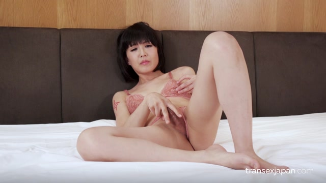 Transexjapan_presents_Yoko_-_Masturbation_and_Squirt.mp4.00004.jpg