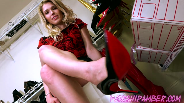 Watch Online Porn – Worship Amber – Shoe Polishing Slave (MP4, FullHD, 1920×1080)