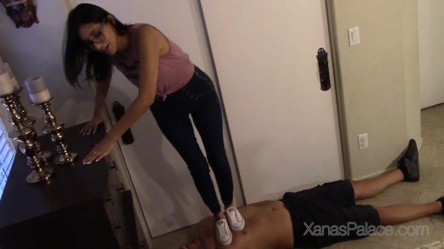 Watch Online Porn – Xanas Foot Fantasies – Brats Bedroom Trample (MP4, FullHD, 1920×1080)