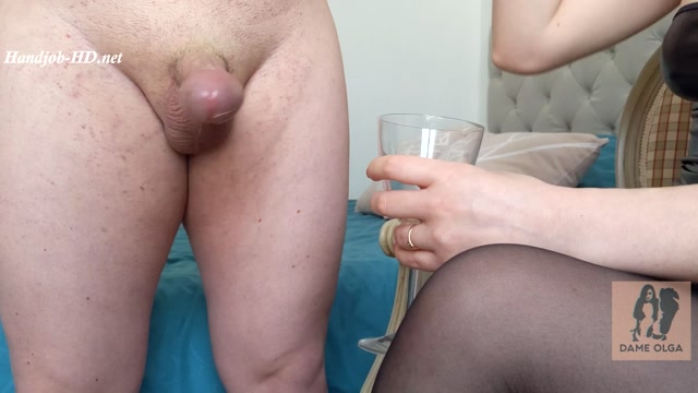 Watch Online Porn – Balls Emptying Day! Unlocked from his Chastity Cage after 5 Days, Fractional Ruined Handjob and Cum-Eating – Dame Olga's Fetish Clips (MP4, FullHD, 1920×1080)