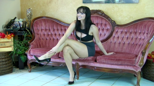 Watch Online Porn – Bratty Ashley Sinclair and Friends – Beautiful Ass (MP4, HD, 1280×720)