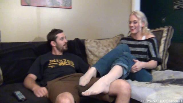 Watch Online Porn – Bratty Sister Handjob Footjob-Mom And Dad Unaware (MP4, FullHD, 1920×1080)