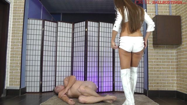 Watch Online Porn – CRUEL MISTRESSES – White boots in his crotch. Starring Mistress Amanda (MP4, FullHD, 1920×1080)