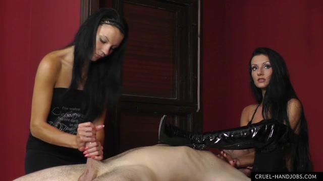 Watch Online Porn – Cruel Handjobs – Gorgeous Boots (MP4, HD, 1280×720)